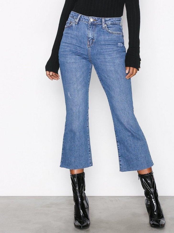 Nelly.com SE - Moto Kick Flare Jeans 498.00