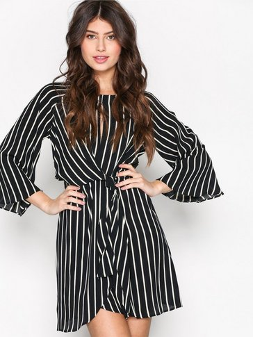 Topshop - Striped Knot Front Dress