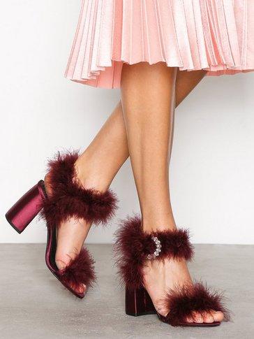Topshop - Romance Fur Sandal