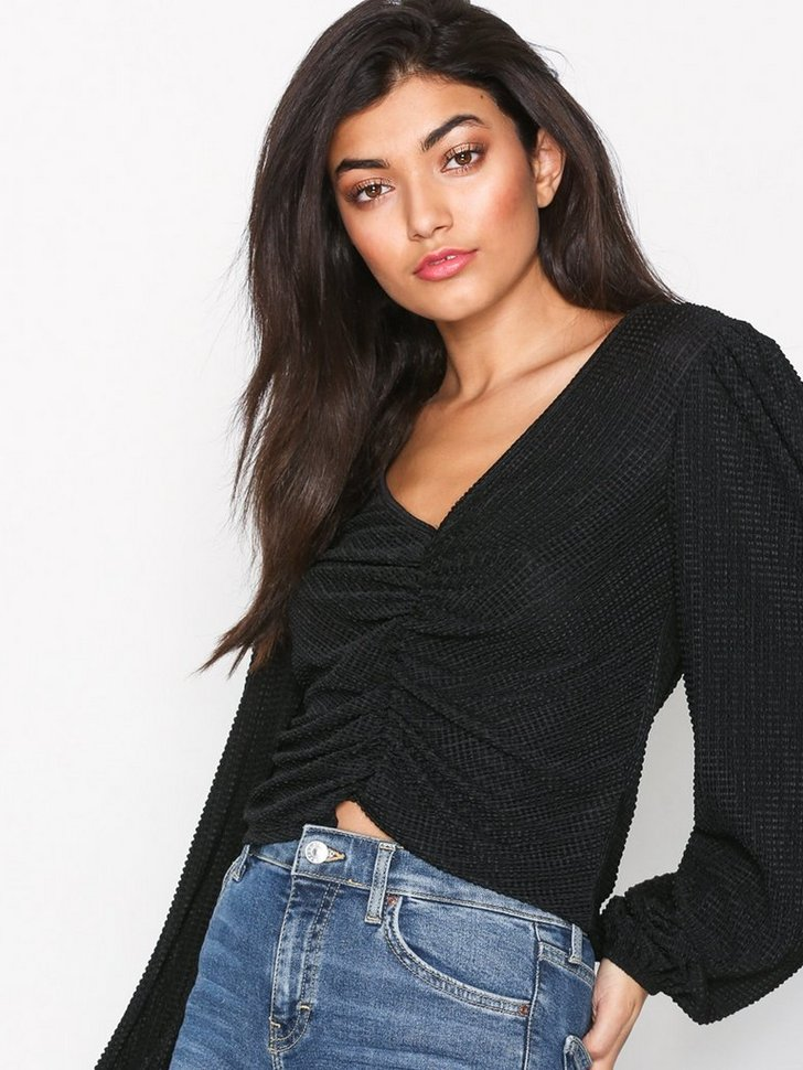 Nelly.com SE - Rouched Front Blouson Top 189.00 (378.00)