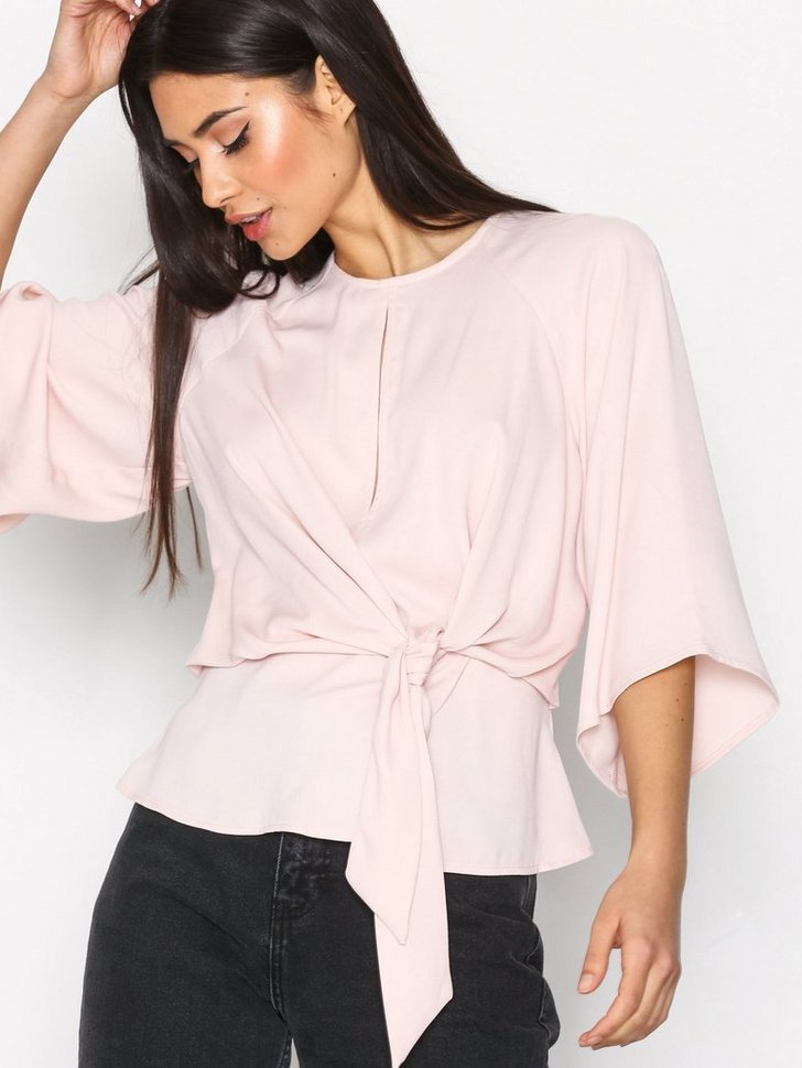 Slouchy Knot Front Top