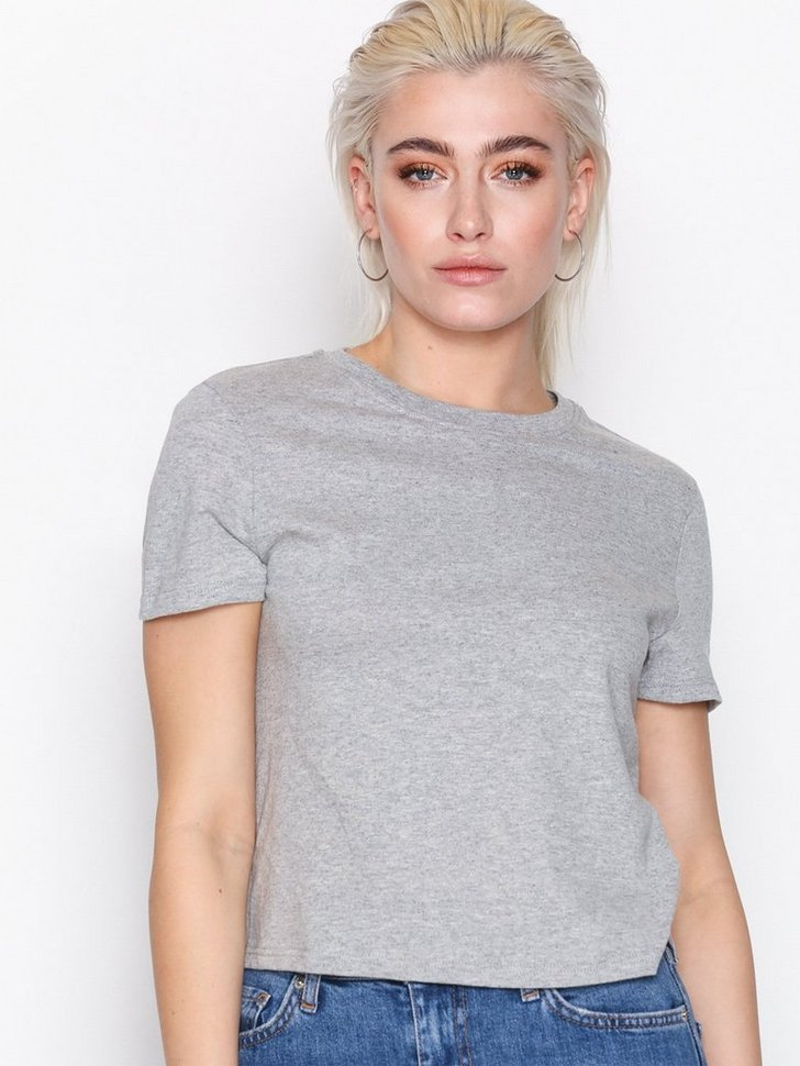 Nelly.com SE - Boxy Crop T-Shirt 55.00