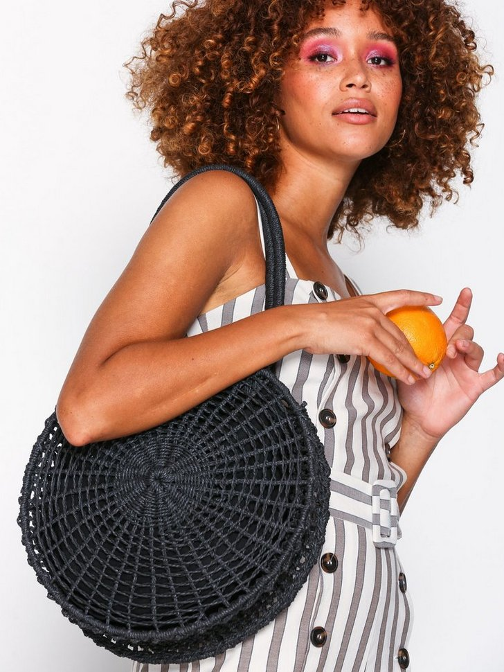 Nelly.com SE - Straw Circle Tote Bag 398.00