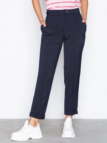 Topshop - Cigarette Trousers by Boutique