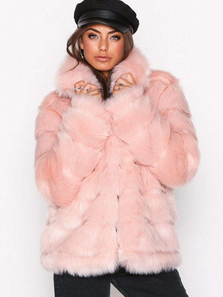 Nelly.com SE - Puffy Fur Coat 998.00