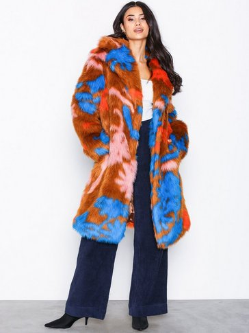 NLY Trend - Statement Fur Coat
