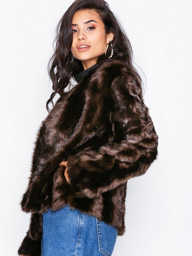Nelly.com SE - Shiny Fur Jacket 998.00