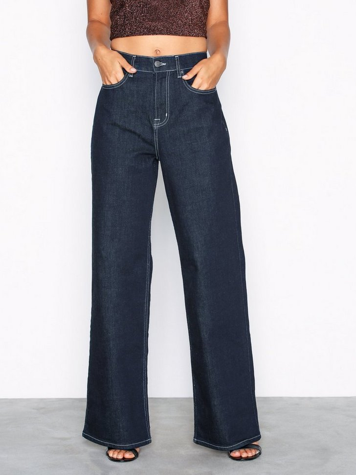 Nelly.com SE - Baggy Contrast Denim 498.00