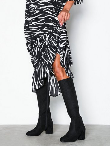 Nly Shoes - Mid Knee High Boot
