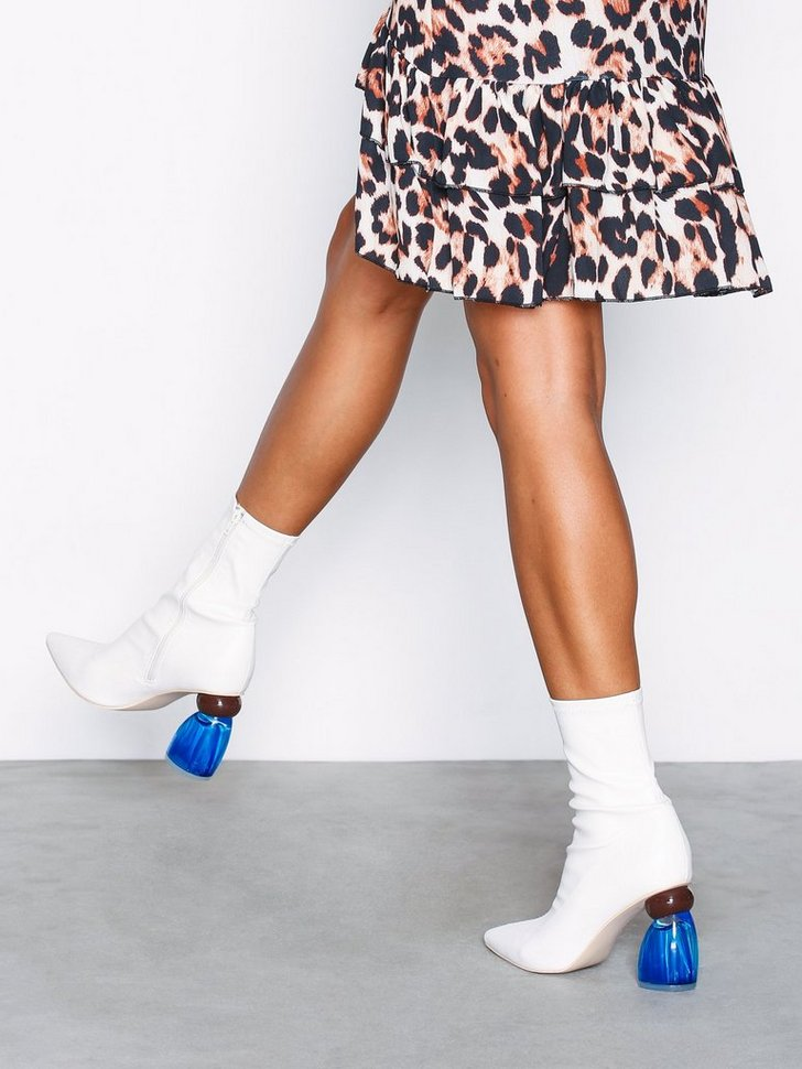 Nelly.com SE - Pointy Glass Heel Boot 648.00