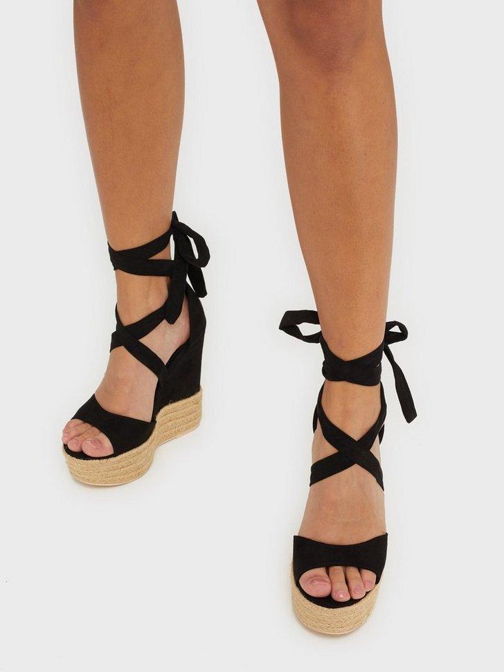 Nelly.com SE - Lace Wedge Sandal 498.00