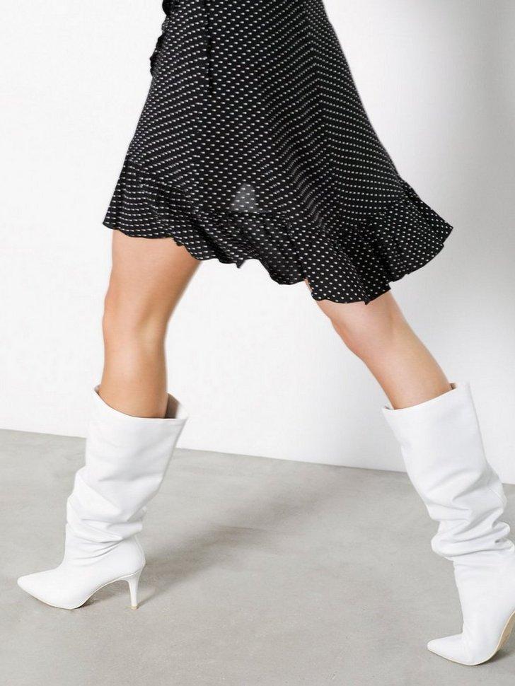 Nelly.com SE - Knee High Stiletto Boot 384.00