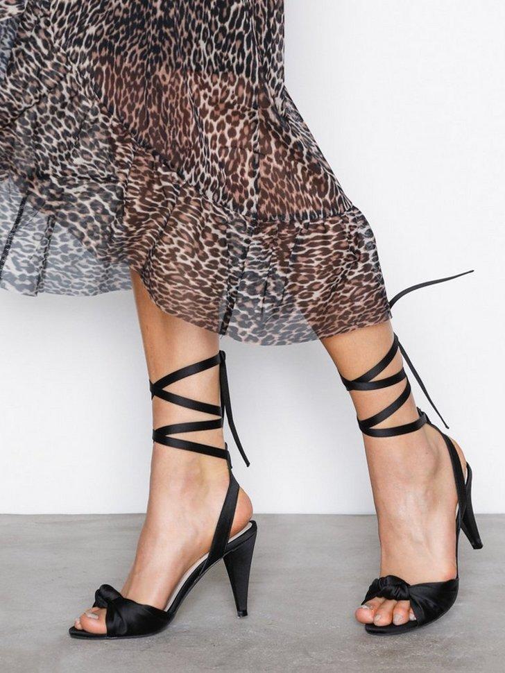 Festsko Lace Up Bow Sandal køb