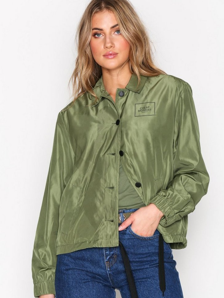 Nelly.com SE - Coach jacket Square logo 349.00 (698.00)