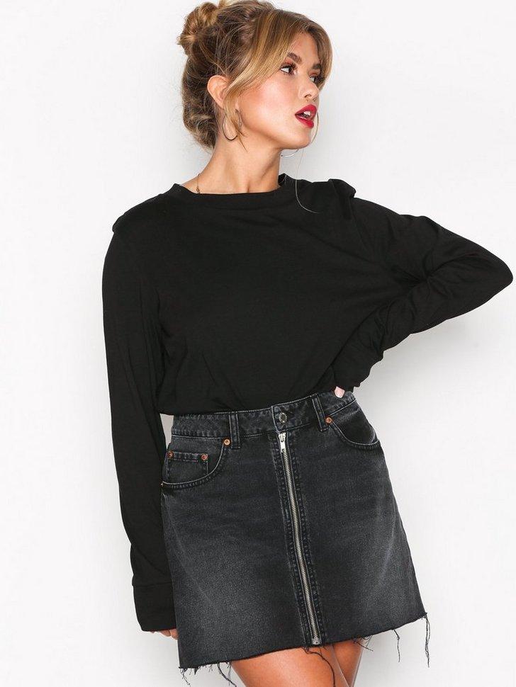 Zip short skirt