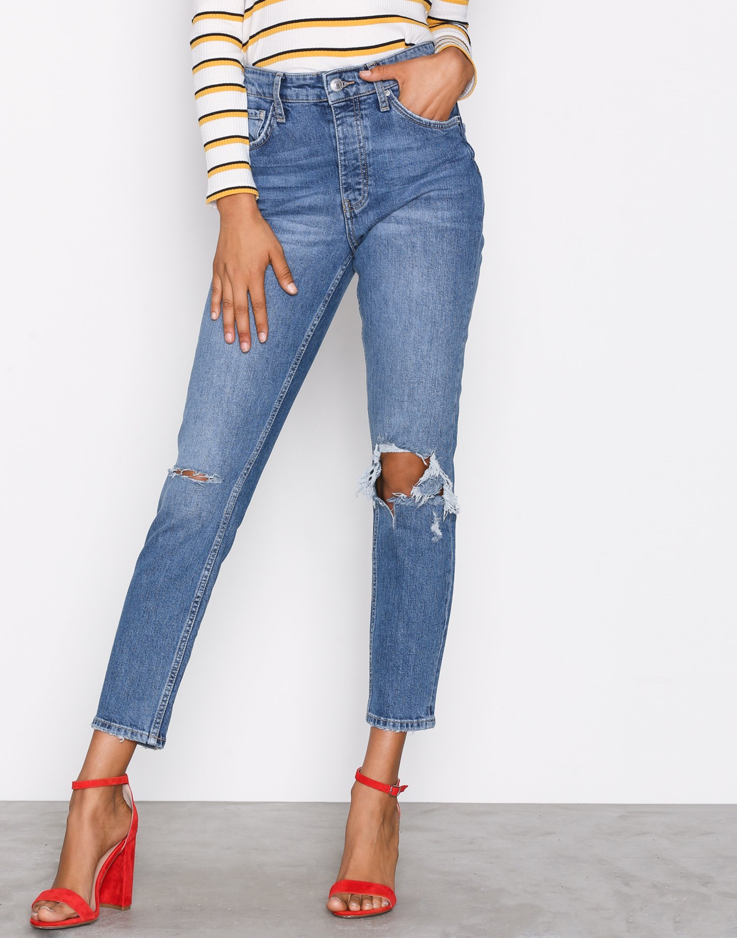 Sienna High Waist Jeans by Gina Tricot