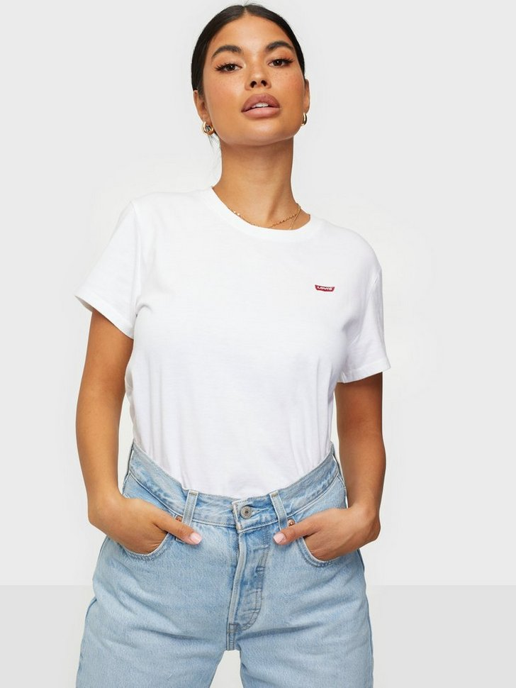 Nelly.com SE - PERFECT TEE 198.00