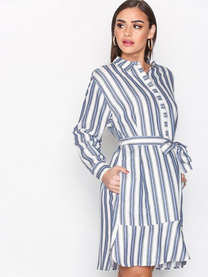 Nelly.com SE - Thelma Dress 1199.00