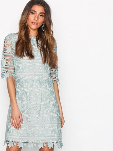 Little Mistress - Crochet Lace Shift Dress