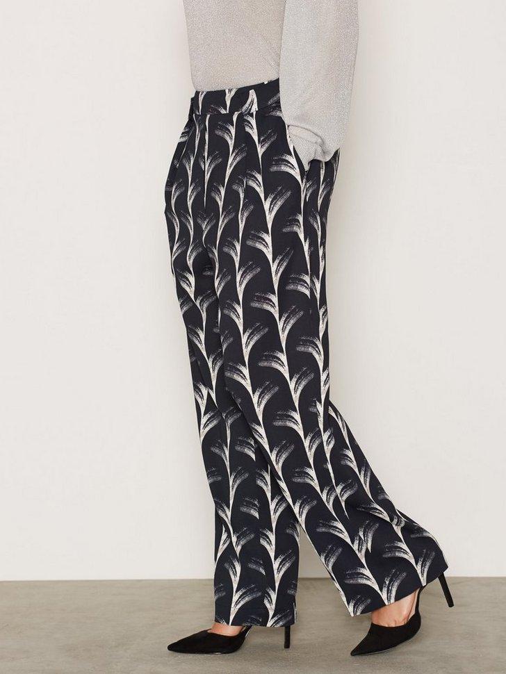 Nelly.com SE - Chiko Pri Trousers 749.00 (2498.00)