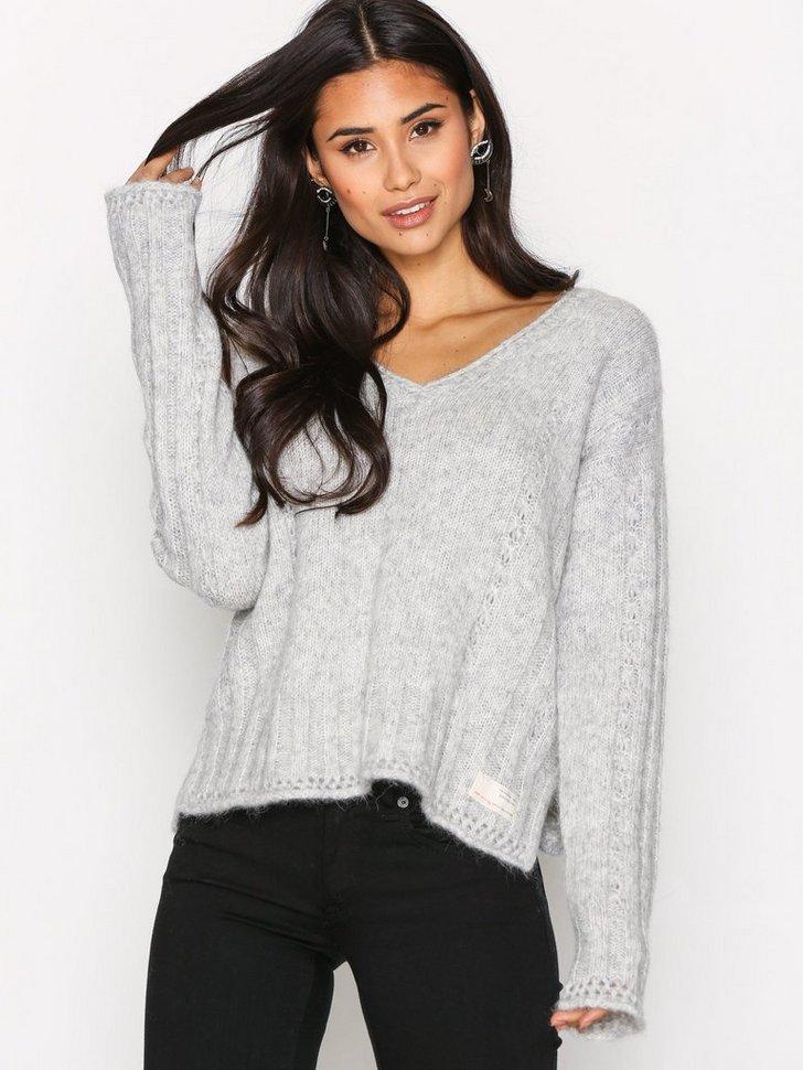 Nelly.com SE - Clockwise Sweater 2394.00