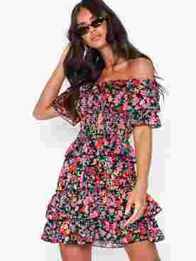 Ditsy Floral Ruffle Mini Dress