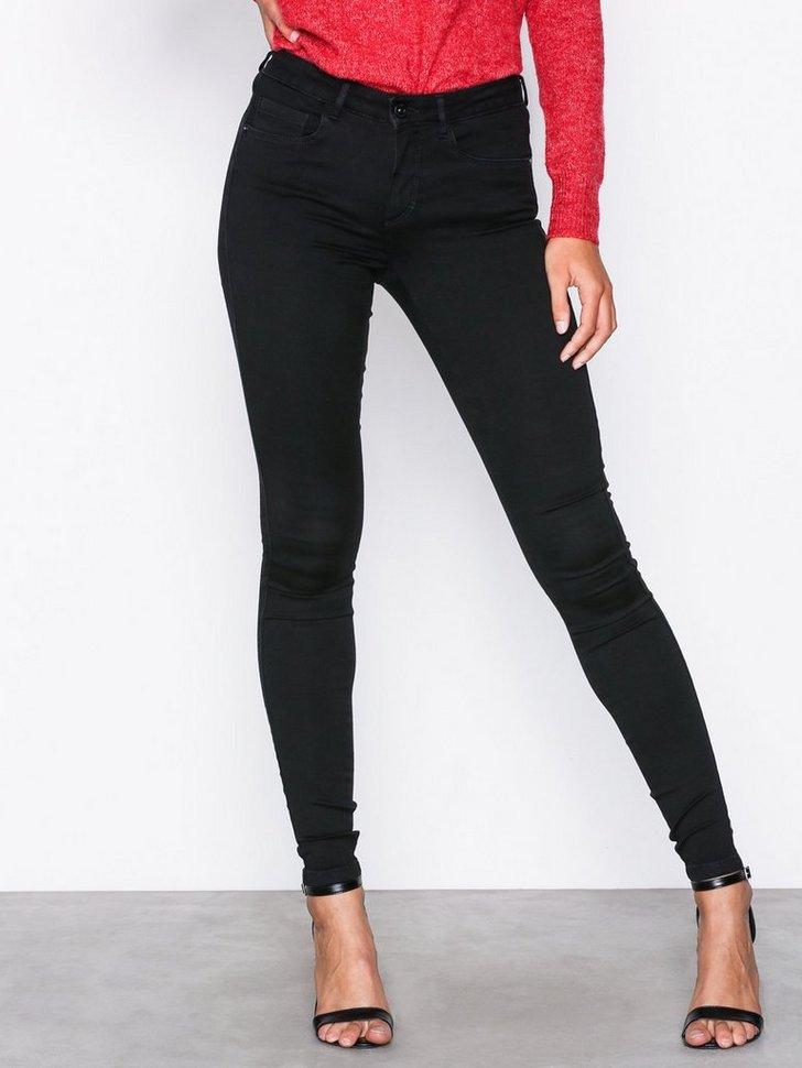 Nelly.com SE - Royal Reg Skinny Jeans 279.00