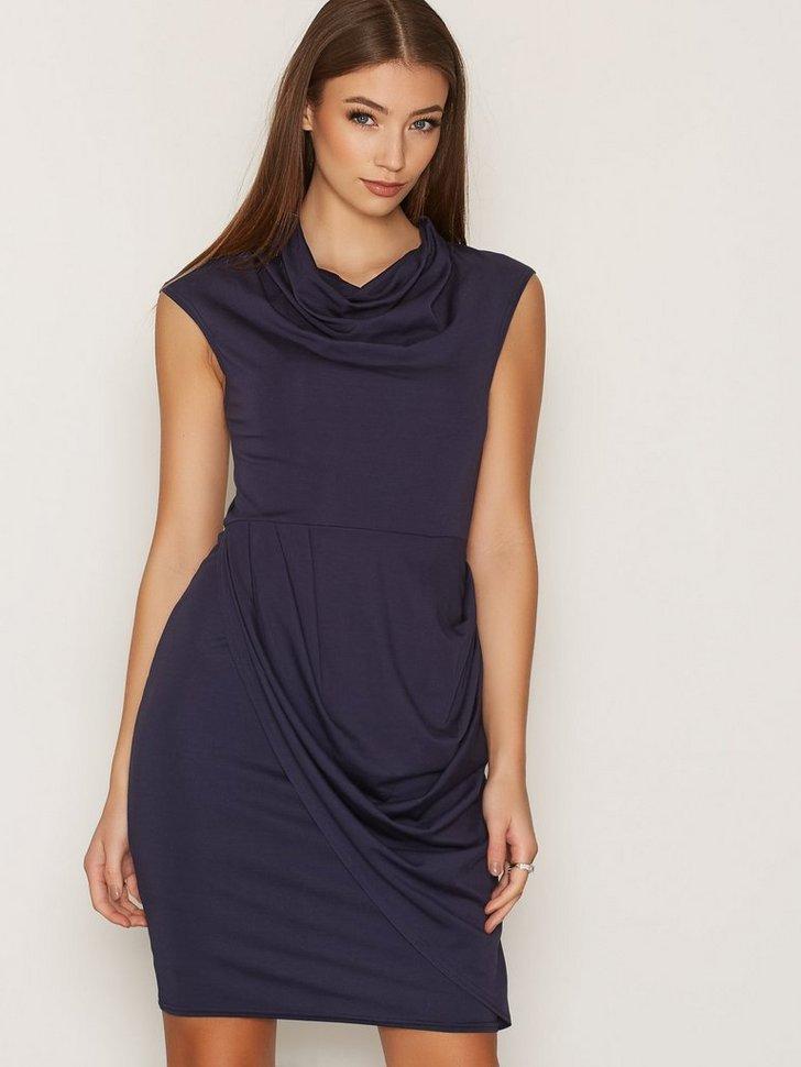 Nelly.com SE - Round Neck Drape Skirt Dress 299.00 (598.00)