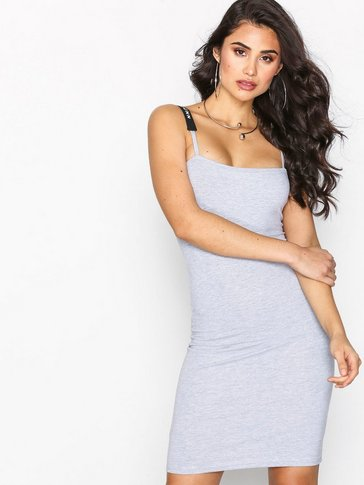 Missguided - LONDUNN Square Neck Bodycon Dress