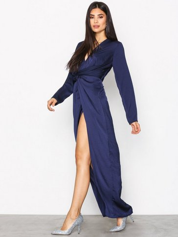 Missguided - Wrap Front Maxi Dress