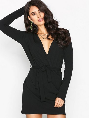 Missguided - Plunge Wrap Dress