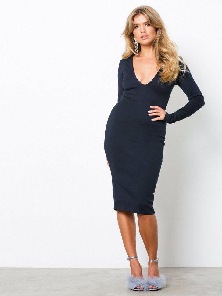 Nelly.com SE - Long Sleeve Midi Dress 160.00 (228.00)