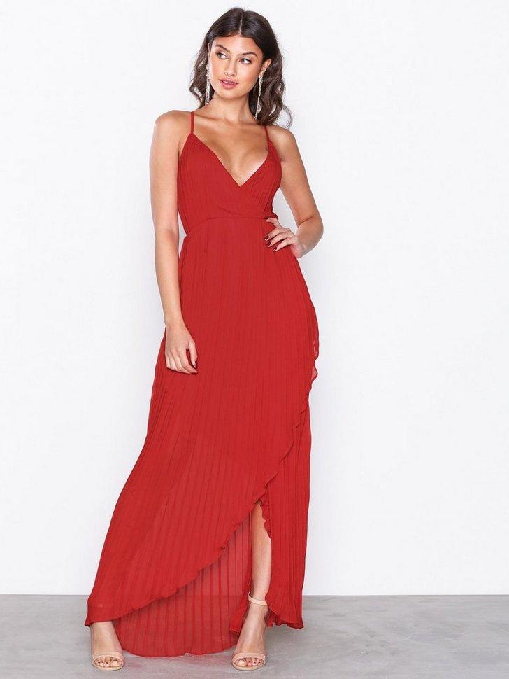 Nelly.com SE - Chiffon Pleated Maxi Dress 548.00