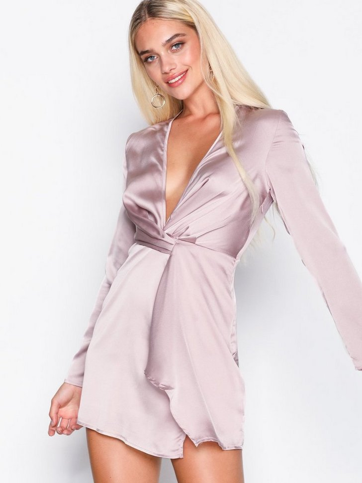 Nelly.com SE - Satin Twist Shift Dress 348.00