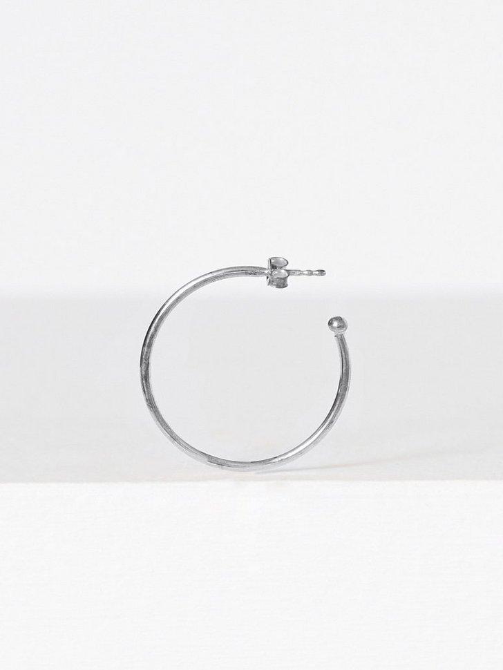Big Base Hoop Earring køb smykker
