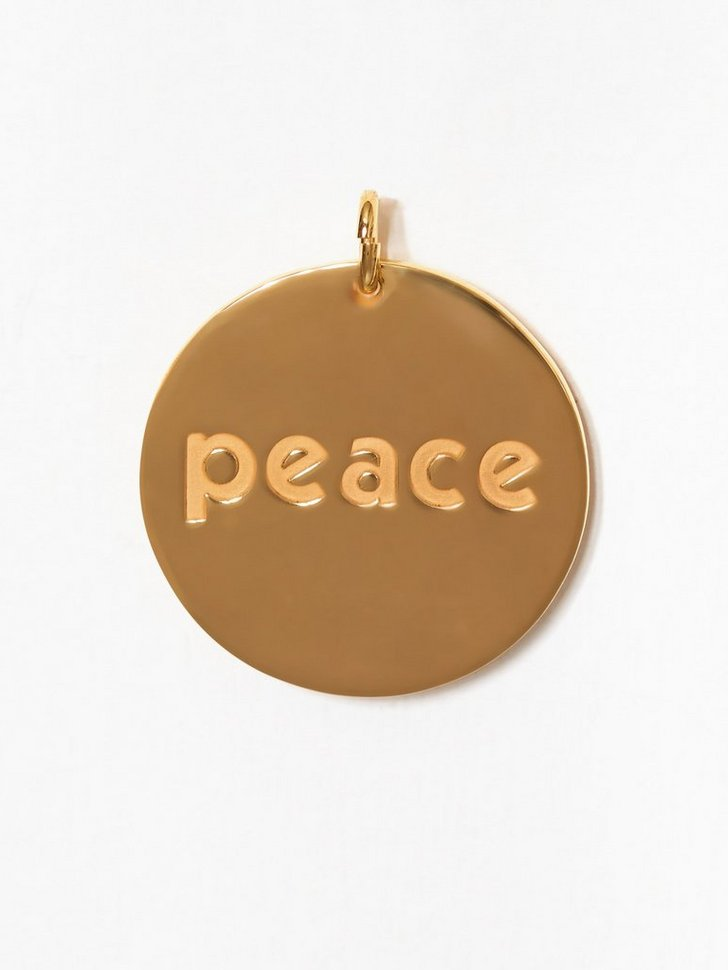 Nelly.com SE - Peace Charm 698.00