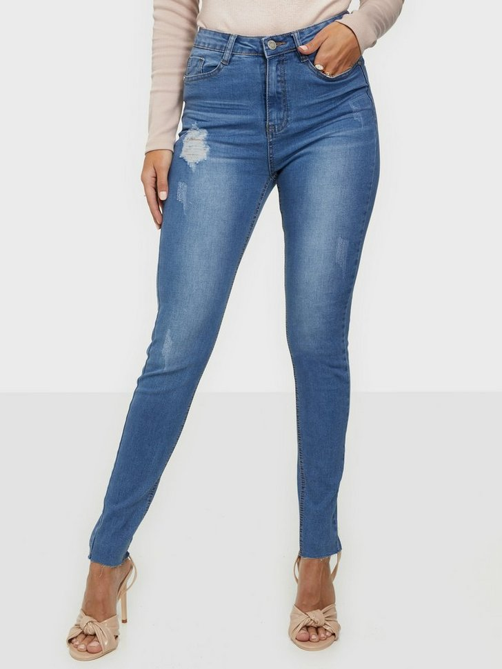 Nelly.com SE - Sinner Clean Distressed Skinny Jeans 179.00