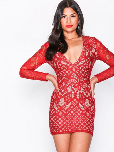 Missguided - Lace Plunge Neck Mini Dress