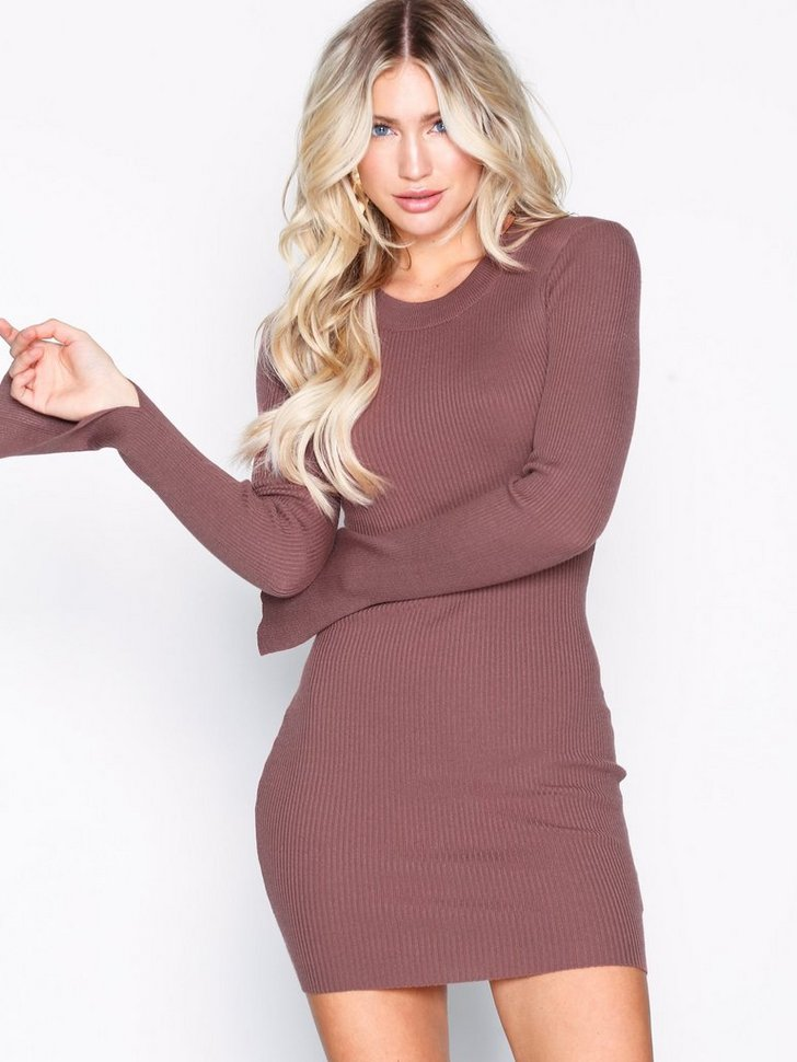 Nelly.com SE - Ribbed Knitted Bodycon Dress 248.00