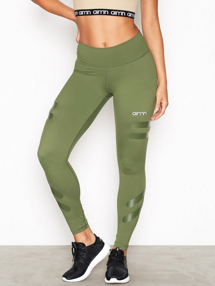 Nelly.com SE - Green Tribe High Waist 698.00