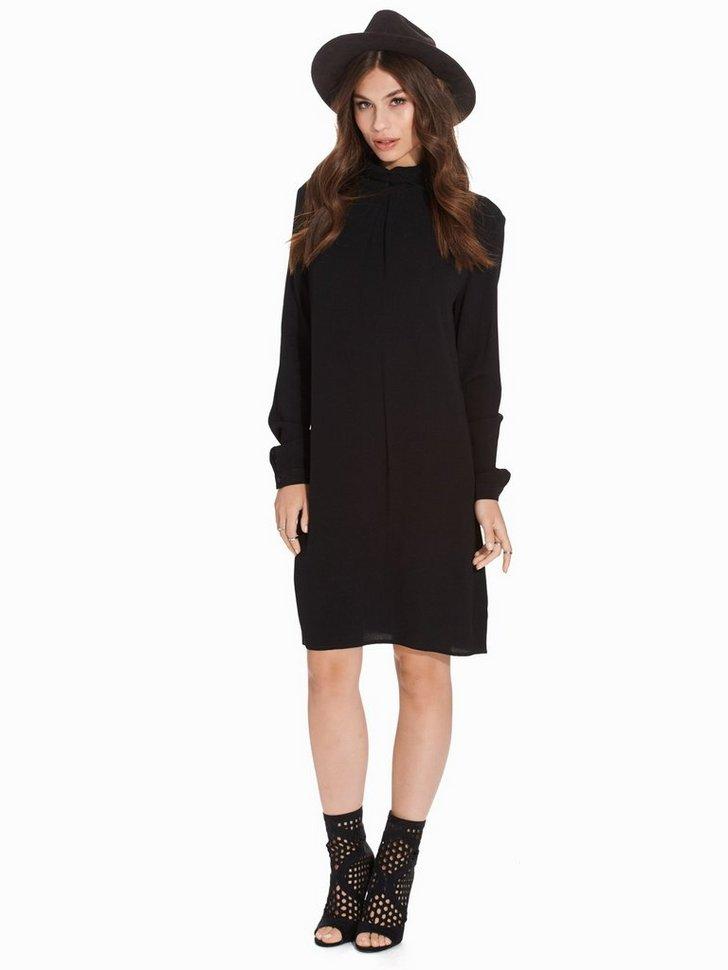Nelly.com SE - Hid Dress 299.00 (998.00)