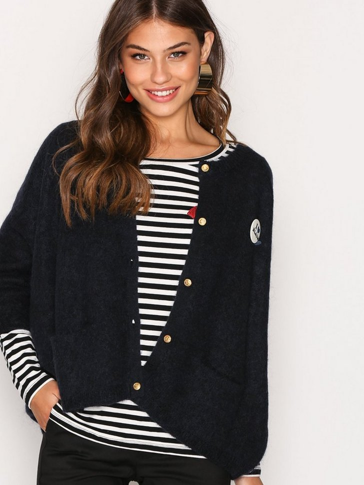 Nelly.com SE - Loose Fitted Cardigan 849.00 (1699.00)