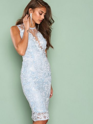 Ax Paris - Dreamy Lace Dress