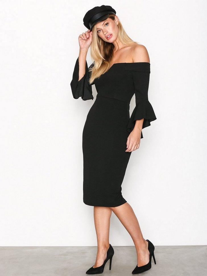 Nelly.com SE - Off Shoulder Flounce Sleeve Dress 239.00 (398.00)
