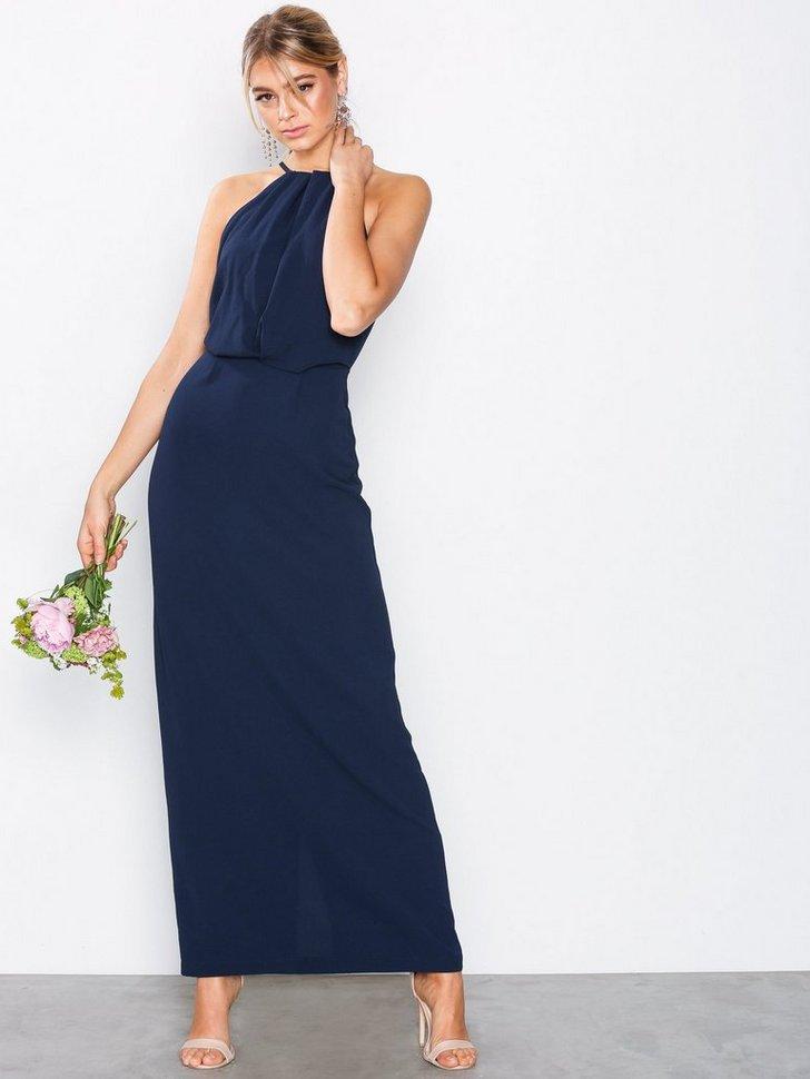 Nelly.com SE - Halter Lace Back Dress 314.00 (448.00)