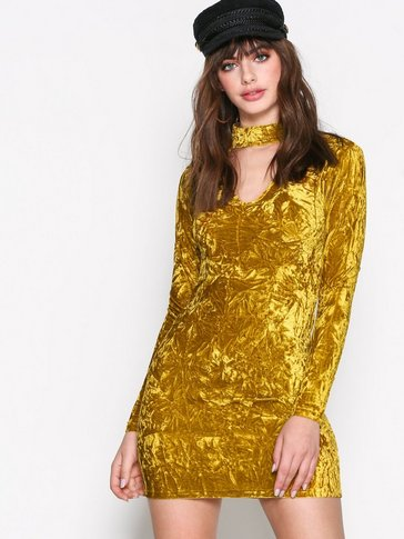 Glamorous - Long Sleeve Choker Dress