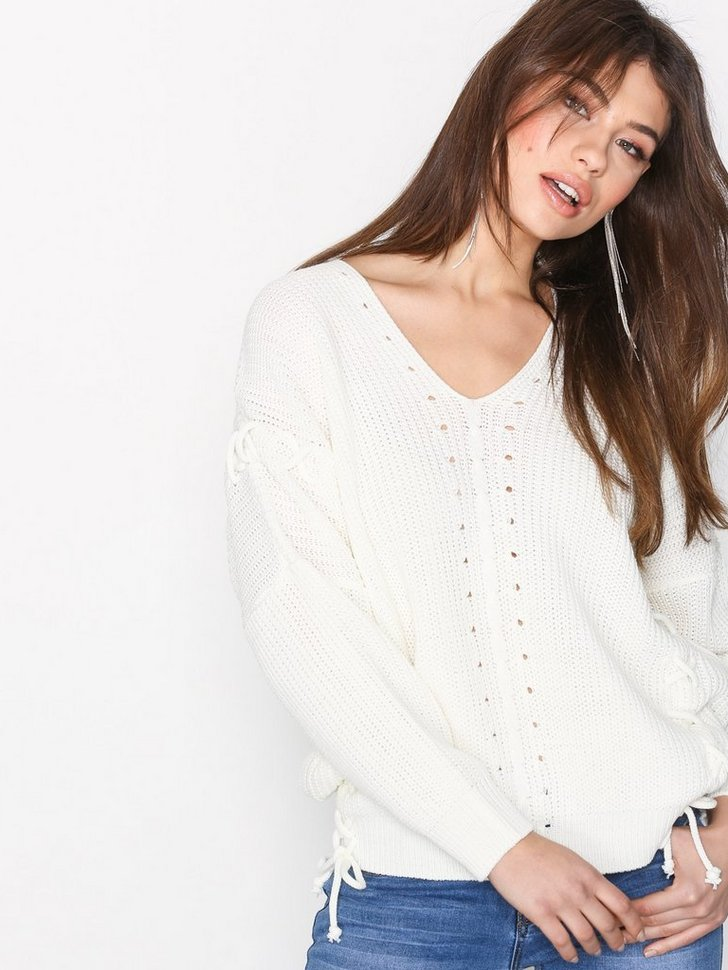 Nelly.com SE - Knitted Sweater 159.00 (398.00)