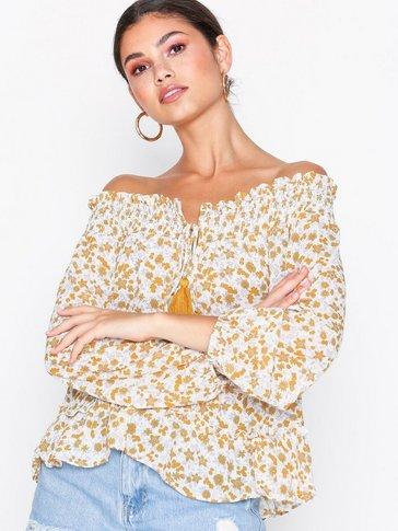 Glamorous - Off Shoulder Tassel Top