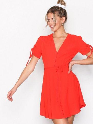 Glamorous - Strap Short Sleeve Dress