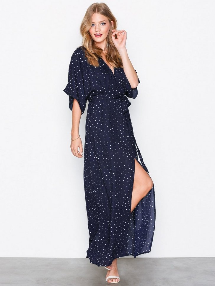Nelly.com SE - Short Sleeve Maxi Dress 335.00 (478.00)